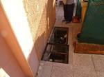 Regard et drain défectueux d'une villa